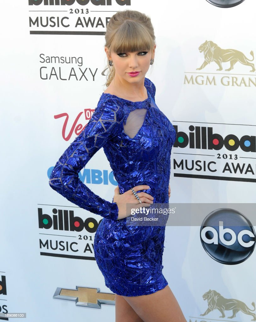 Singer Taylor Swift arrives at the 2013 Billboard Music Awards at the MGM Grand Garden Arena on May 19, 2013 in Las Vegas, Nevada.
