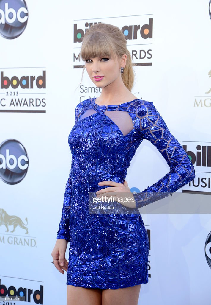 Singer <a gi-track='captionPersonalityLinkClicked' href=/galleries/search?phrase=Taylor+Swift&family=editorial&specificpeople=619504 ng-click='$event.stopPropagation()'>Taylor Swift</a> arrives at the 2013 Billboard Music Awards at the MGM Grand Garden Arena on May 19, 2013 in Las Vegas, Nevada.