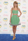 Singer Taylor Swift arrives at the 2014 Teen Choice Awards at The Shrine Auditorium on August 10 2014 in Los Angeles California