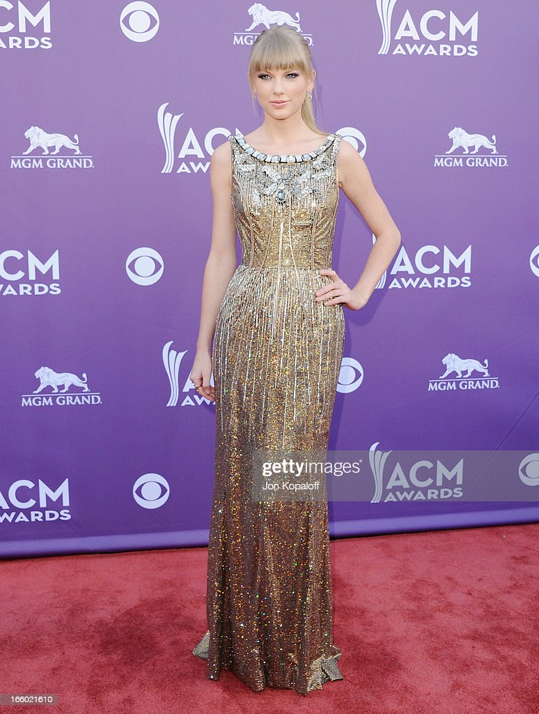 Singer Taylor Swift arrives at the 48th Annual Academy Of Country Music Awards at MGM Grand Garden Arena on April 7, 2013 in Las Vegas, Nevada.