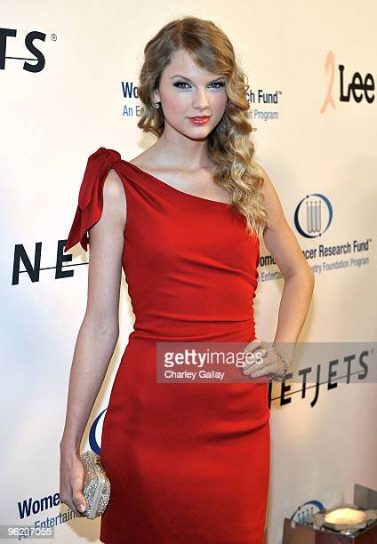 Singer Taylor Swift arrives at the Neuro hosted cocktail hour and juniors room at the EIF's Women's Cancer at The Beverly Wilshire Hotel on January...