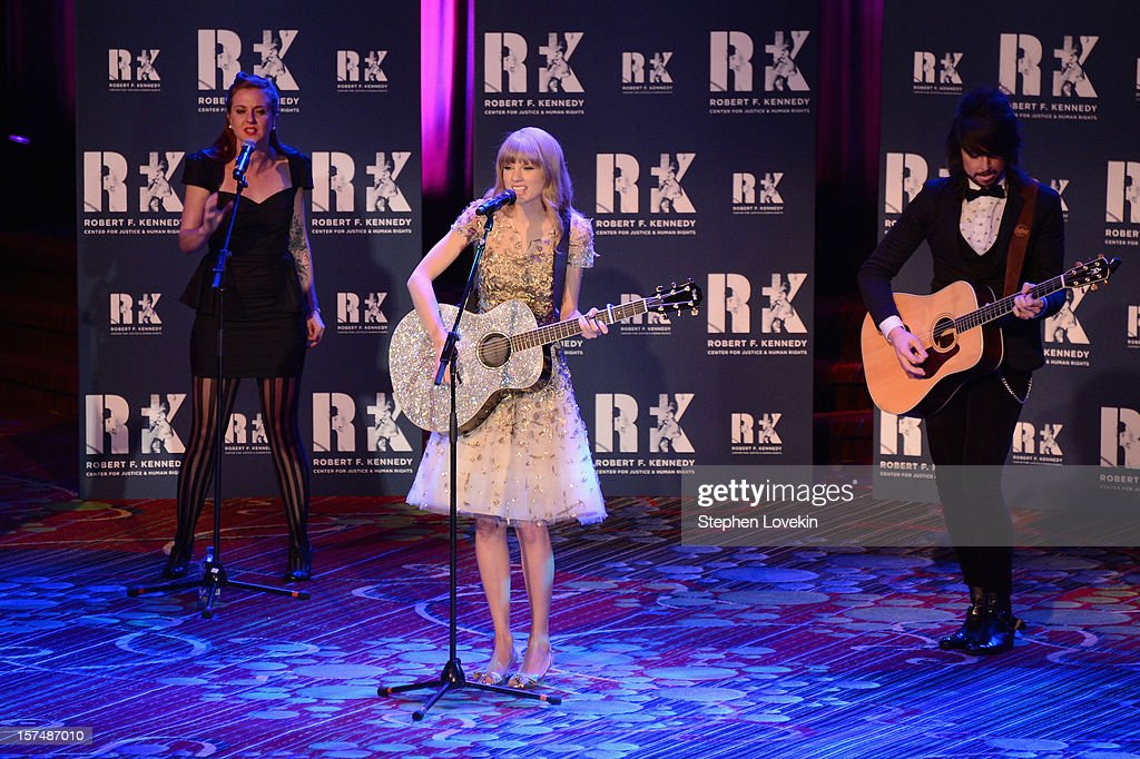Singer <a gi-track='captionPersonalityLinkClicked' href=/galleries/search?phrase=Taylor+Swift&family=editorial&specificpeople=619504 ng-click='$event.stopPropagation()'>Taylor Swift</a> performs at the 2012 Ripple Of Hope Gala at The New York Marriott Marquis on December 3, 2012 in New York City.