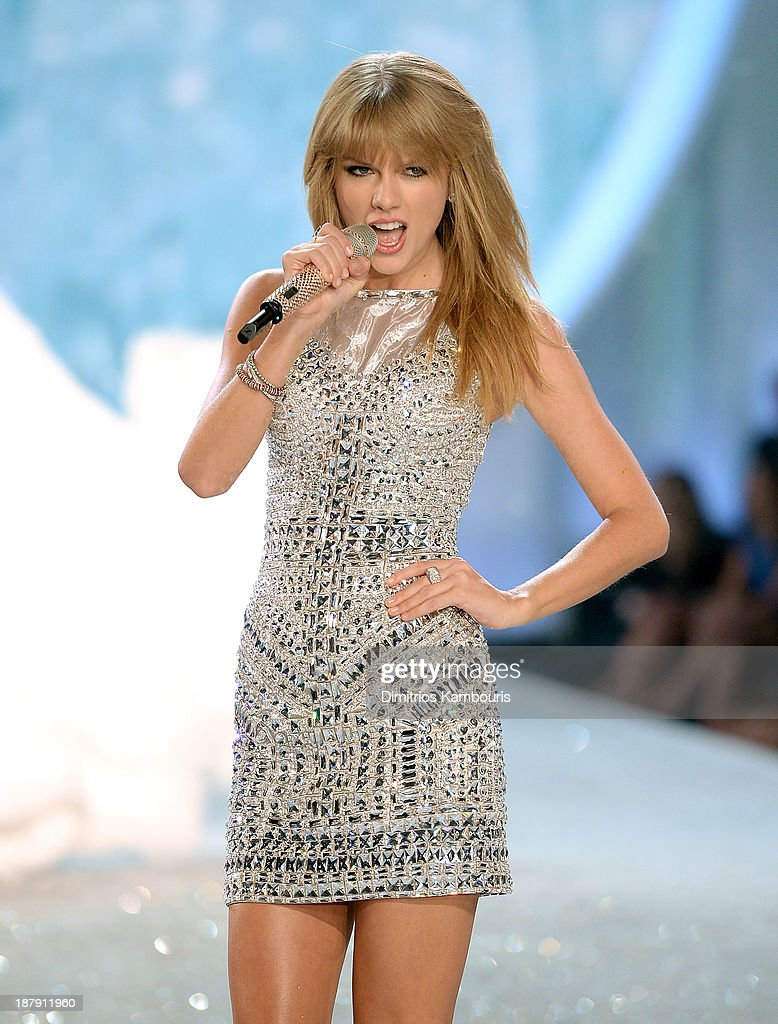 Singer Taylor Swift performs at the 2013 Victoria's Secret Fashion Show at Lexington Avenue Armory on November 13, 2013 in New York City.