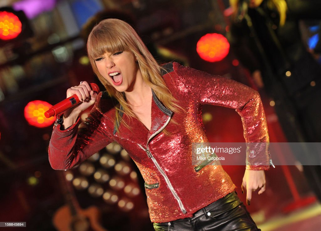 Singer <a gi-track='captionPersonalityLinkClicked' href=/galleries/search?phrase=Taylor+Swift&family=editorial&specificpeople=619504 ng-click='$event.stopPropagation()'>Taylor Swift</a> performs during New Year's Eve 2013 In Times Square at Times Square on December 31, 2012 in New York City.