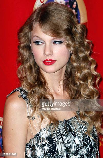 Singer Taylor Swift unveils her wax figure at Madame Tussauds on October 27 2010 in New York City