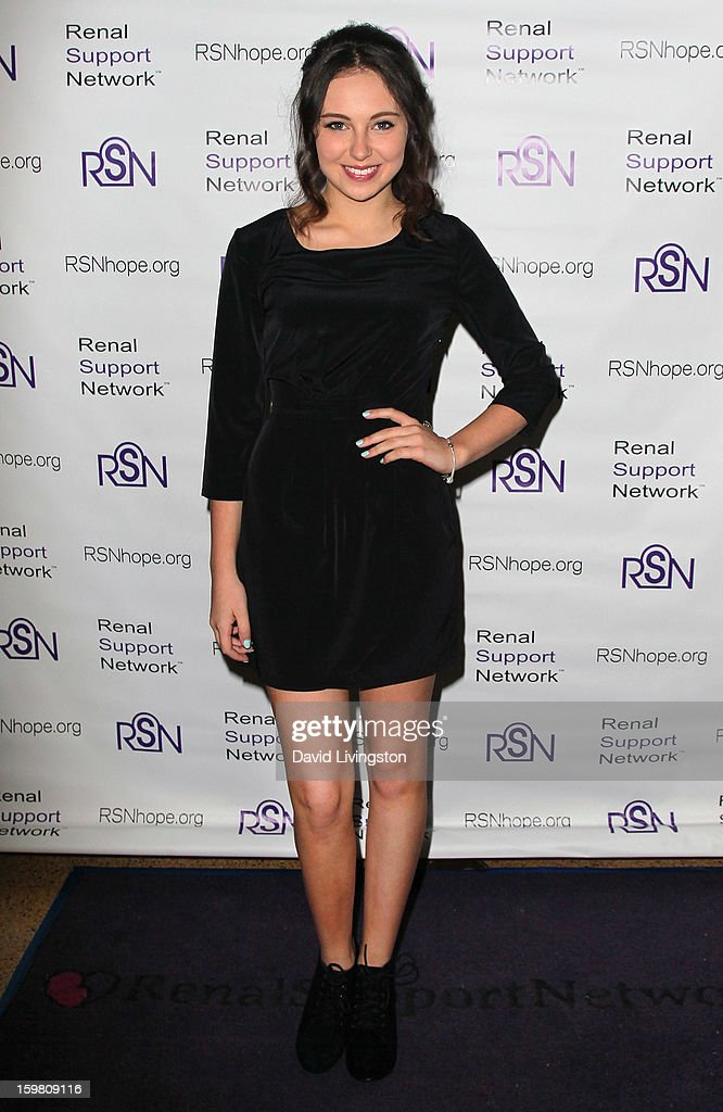 Singer Temara Melek attends the 14th Annual RSN's Renal Teen Prom at Notre Dame High School on January 20, 2013 in Sherman Oaks, California.