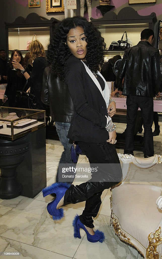 Singer Teyana Taylor attends Juicy Loves Glamour Girls by Erin Fetherston Launch hosted by Vogue at Juicy Couture on November 17, 2010 in Beverly Hills, California.