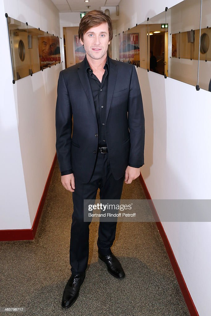 Singer Thomas Dutronc attends the 'Vivement Dimanche' French TV show at Pavillon Gabriel on January 29 2014 in Paris France
