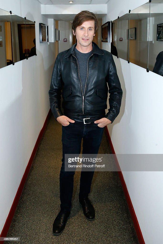 Singer Thomas Dutronc presents his Album 'Eternels jusqu'a demain' during the 'Vivement Dimanche' French TV Show Held at Pavillon Gabriel on...