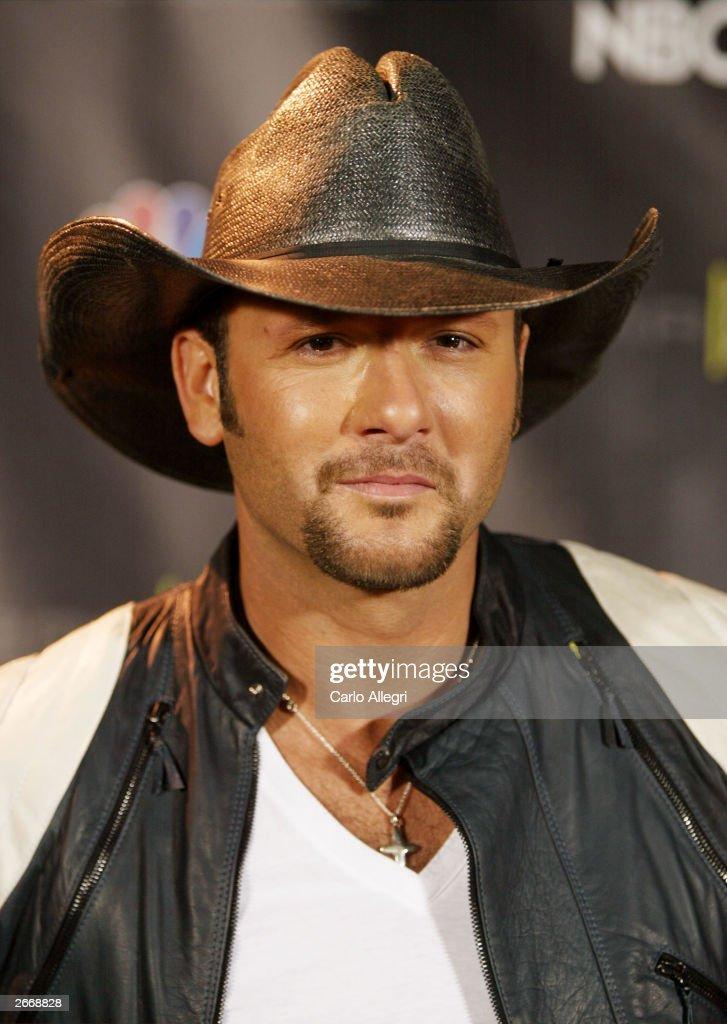 Singer Tim McGraw attends The 2003 Radio Music Awards at the Aladdin Casino Resort October 27, 2003 in Las Vegas, Neveda.