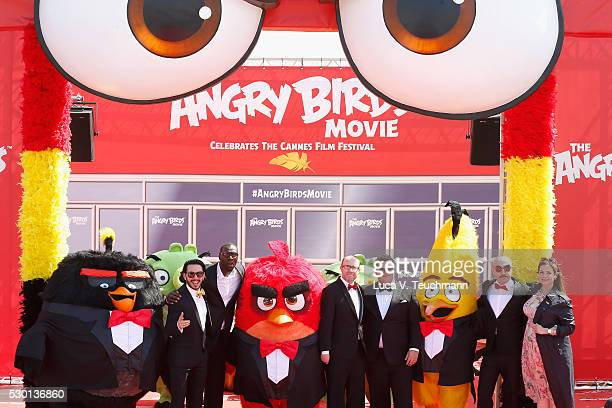 Singer Timur Rodriguez actor Omar Sy producer John Cohen actors Josh Gad actor Maccio Capatonda and TV presenter Raya Abirached attend 'The Angry...