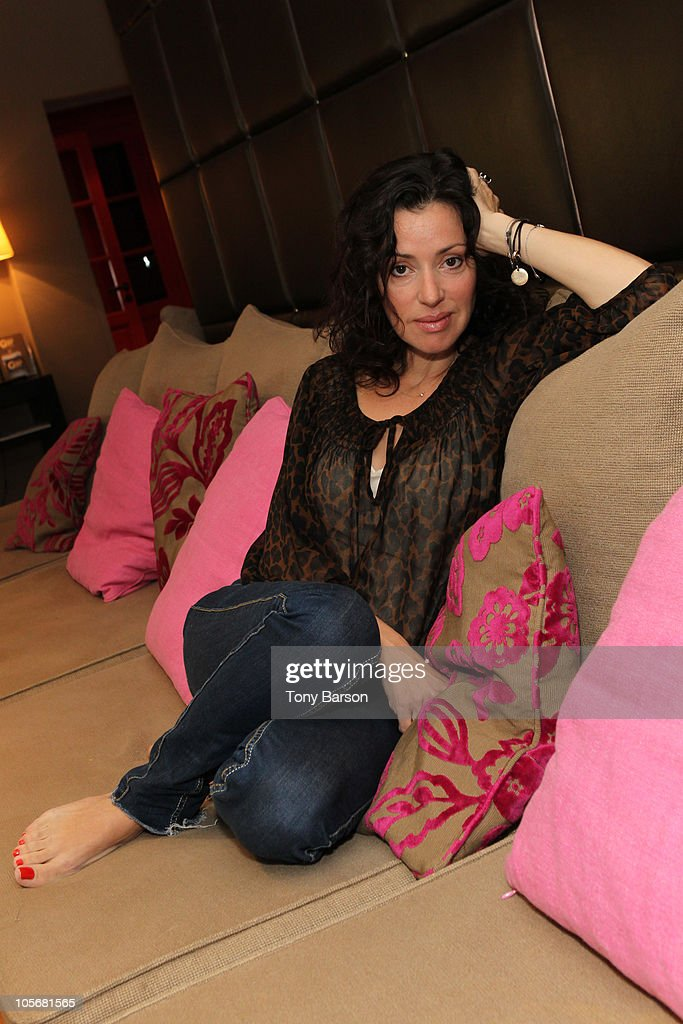 Exclusive Portrait Session With Tina Arena - 12th International 'Festival des Antipodes'
