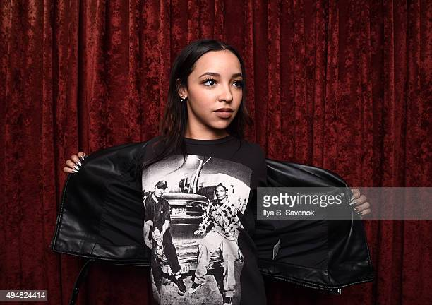 Singer Tinashe visits the SiriusXM Studios on October 29 2015 in New York City