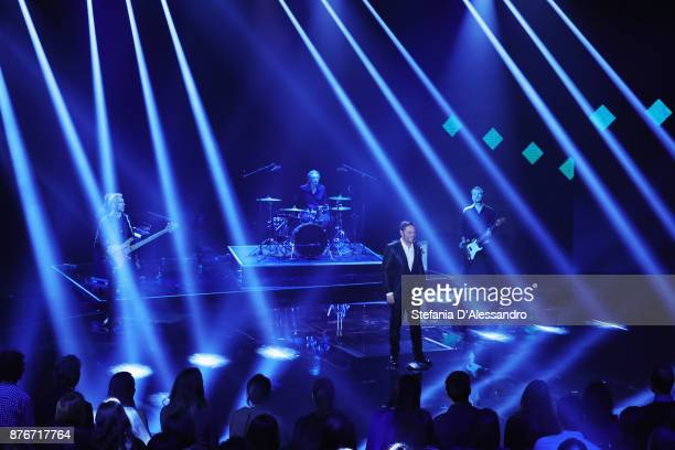 Singer Tiziano Ferro attends'Che Tempo Che Fa' Tv Show at Rai Milan Studios on November 19 2017 in Milan Italy