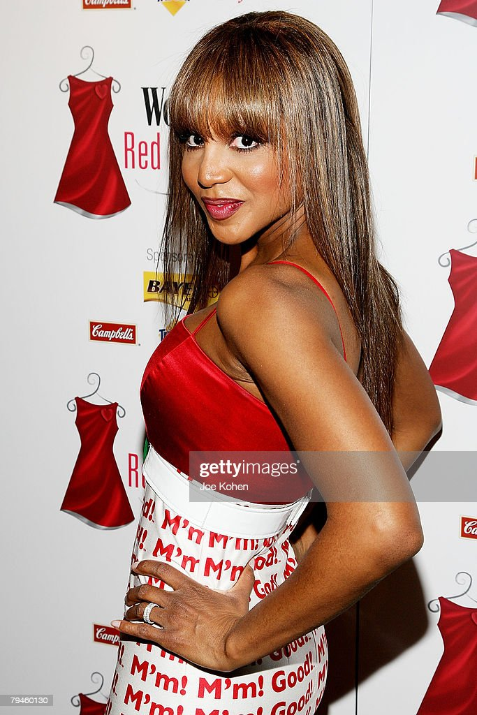 Singer Toni Braxton arrives at the Red Dress awards In Effort To Fight Heart Disease wearing Campbell's Red Dress designed by Lisa Perry on January...