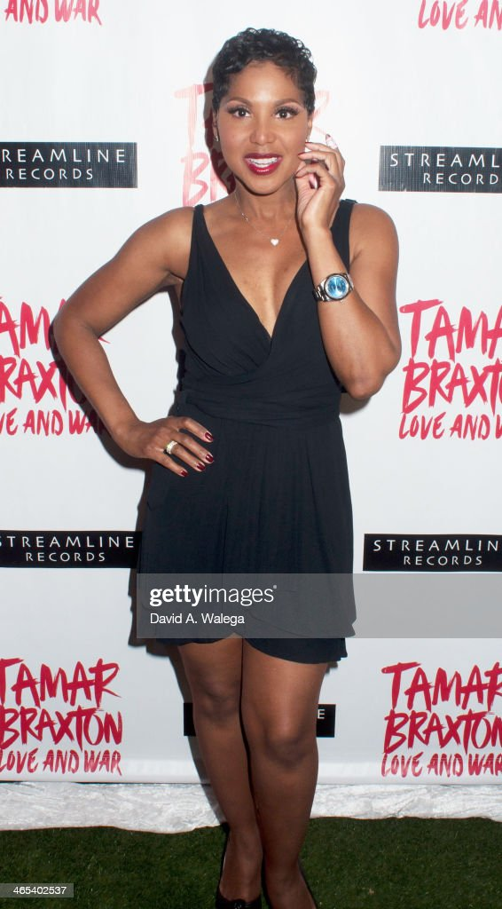 Singer <a gi-track='captionPersonalityLinkClicked' href=/galleries/search?phrase=Toni+Braxton&family=editorial&specificpeople=213737 ng-click='$event.stopPropagation()'>Toni Braxton</a> arrives at Xen Lounge for a Night to Celebrate Tamar Braxton's GRAMMY Nominations on January 26, 2014 in Los Angeles, California.