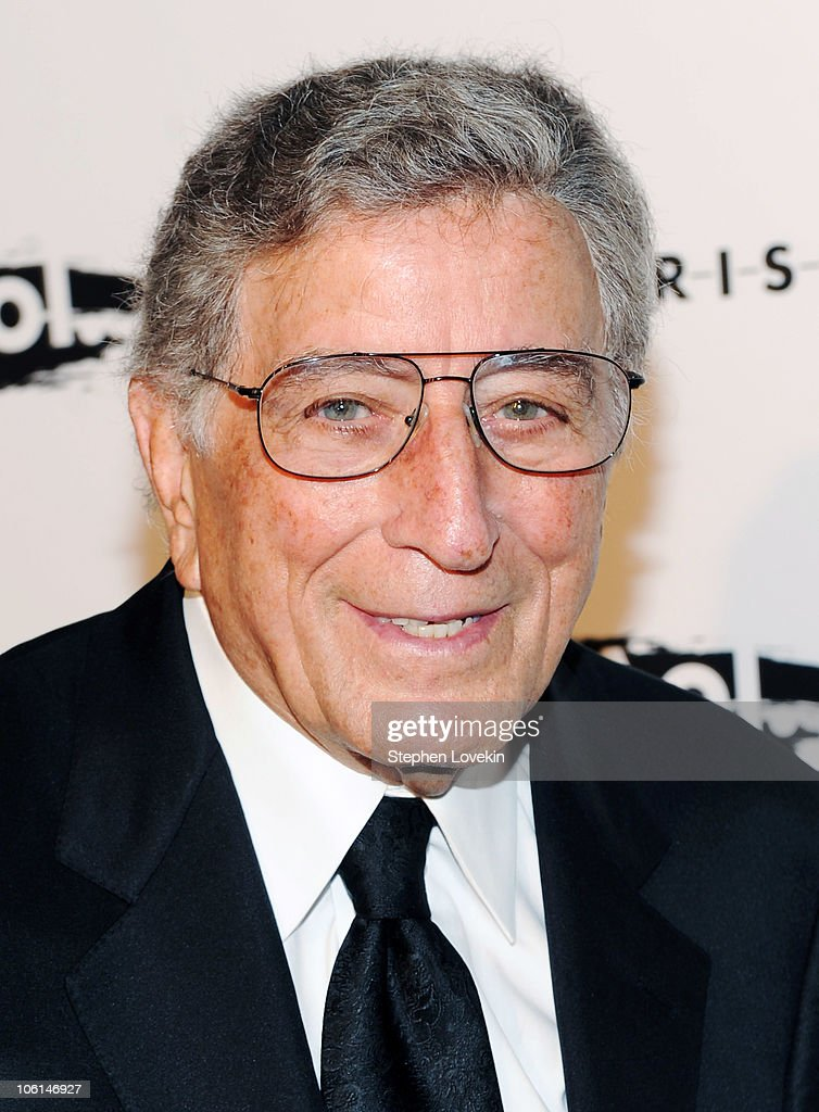 Singer <a gi-track='captionPersonalityLinkClicked' href=/galleries/search?phrase=Tony+Bennett+-+Singer&family=editorial&specificpeople=160951 ng-click='$event.stopPropagation()'>Tony Bennett</a> attends the 2010 Whitney Gala and Studio Party at The Whitney Museum of American Art on October 26, 2010 in New York City.