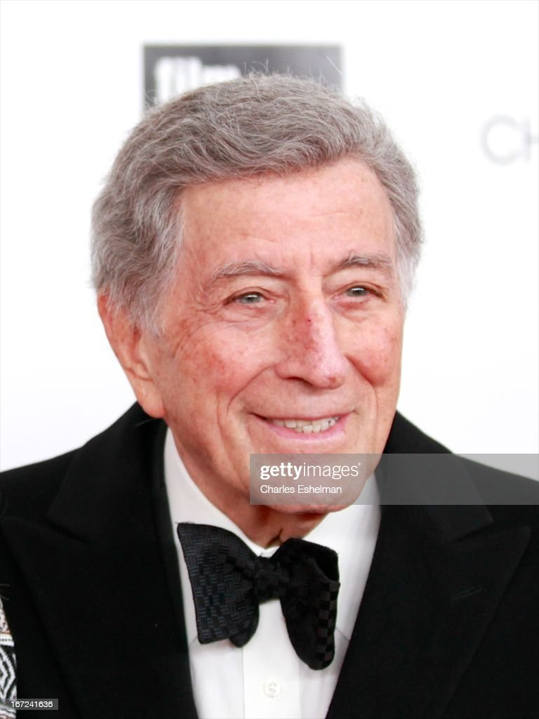 Singer <a gi-track='captionPersonalityLinkClicked' href=/galleries/search?phrase=Tony+Bennett+-+Singer&family=editorial&specificpeople=160951 ng-click='$event.stopPropagation()'>Tony Bennett</a> attends the 40th Anniversary Chaplin Award Gala at Avery Fisher Hall at Lincoln Center for the Performing Arts on April 22, 2013 in New York City.