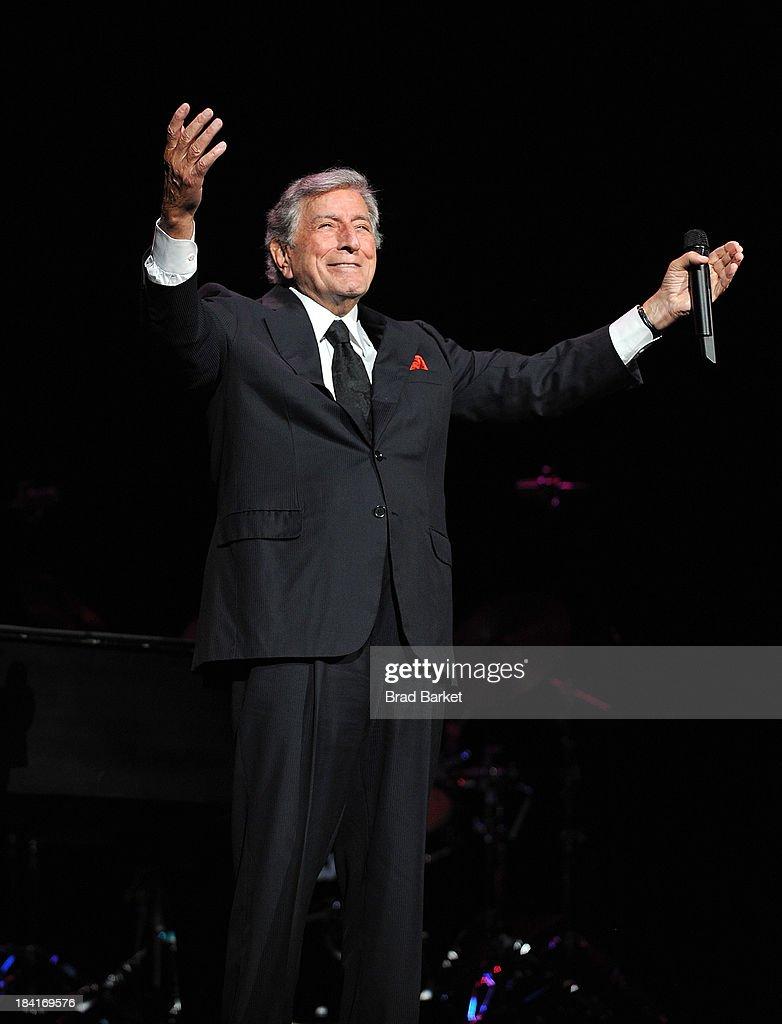 Singer Tony Bennett performs at Radio City Music Hall on October 11, 2013 in New York City.