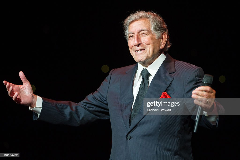 Singer <a gi-track='captionPersonalityLinkClicked' href=/galleries/search?phrase=Tony+Bennett+-+Singer&family=editorial&specificpeople=160951 ng-click='$event.stopPropagation()'>Tony Bennett</a> performs at Radio City Music Hall on October 11, 2013 in New York City.