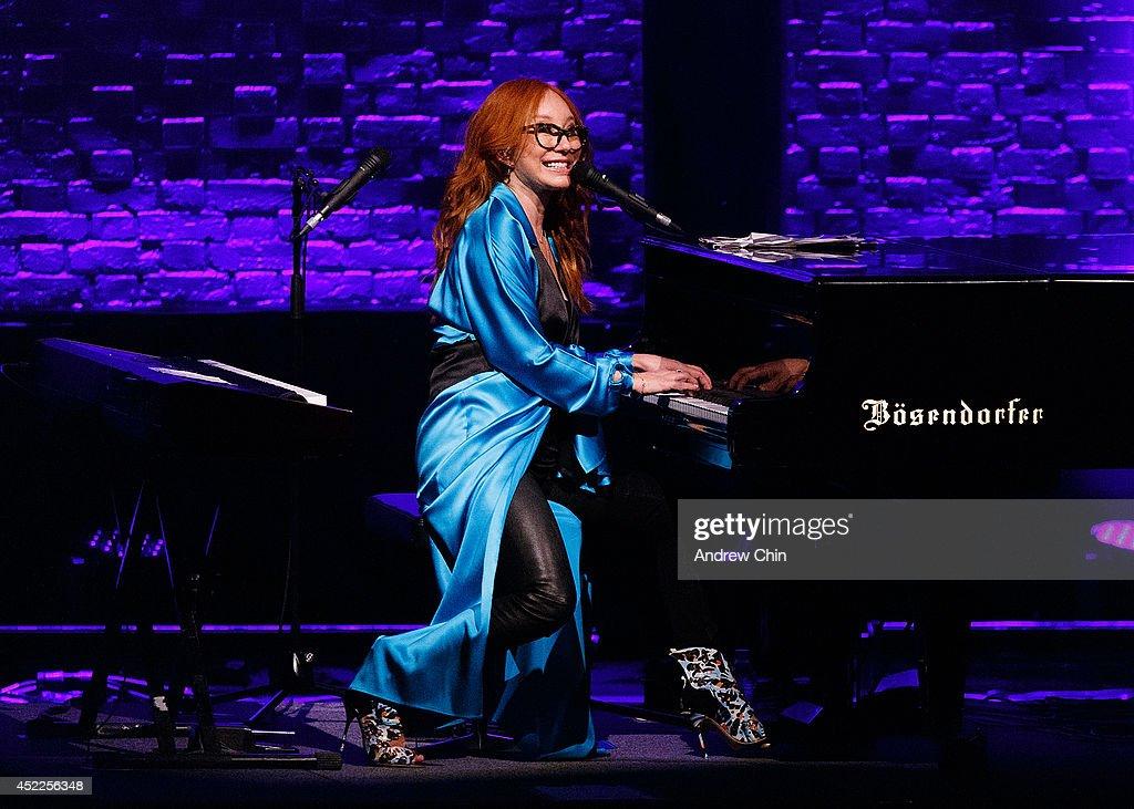 Tori Amos Performs At The Orpheum Theatre