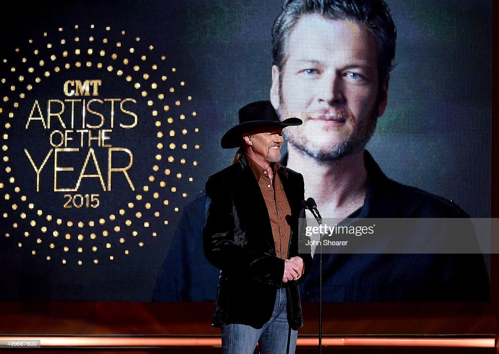 Singer <a gi-track='captionPersonalityLinkClicked' href=/galleries/search?phrase=Trace+Adkins&family=editorial&specificpeople=224686 ng-click='$event.stopPropagation()'>Trace Adkins</a> speaks onstage during the 2015 'CMT Artists of the Year' at Schermerhorn Symphony Center on December 2, 2015 in Nashville, Tennessee.