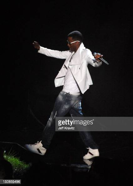 Singer Trey Songz performs onstage during the 2011 MTV Movie Awards at Universal Studios' Gibson Amphitheatre on June 5 2011 in Universal City...