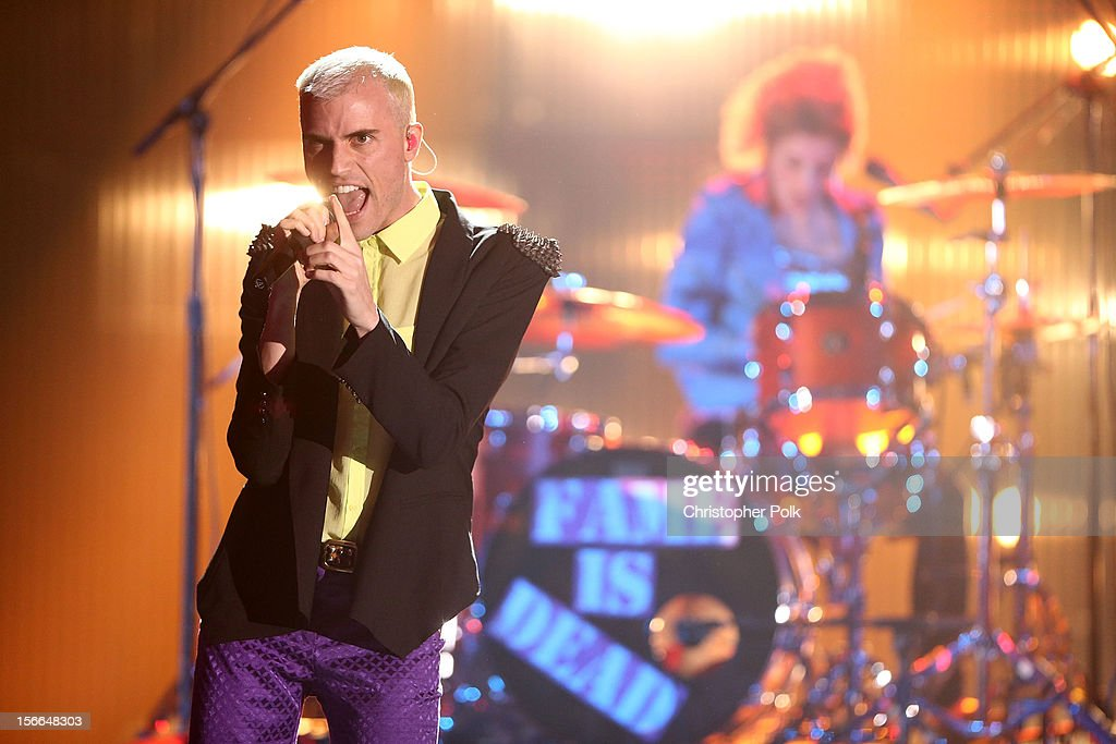 Singer <a gi-track='captionPersonalityLinkClicked' href=/galleries/search?phrase=Tyler+Glenn&family=editorial&specificpeople=5680345 ng-click='$event.stopPropagation()'>Tyler Glenn</a> of Neon Trees performs during Nickelodeon's 2012 TeenNick HALO Awards at Hollywood Palladium on November 17, 2012 in Hollywood, California. The show premieres on Monday, November 19th, 8:00p.m. (ET) on Nick at Nite.