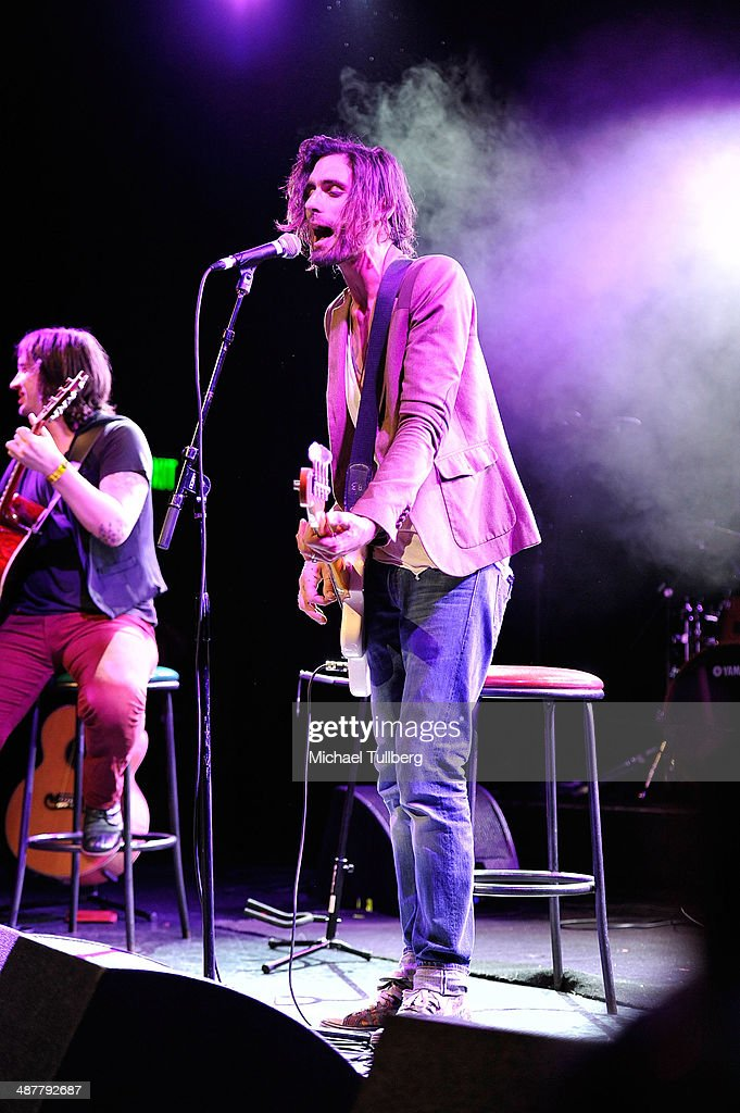 Singer <a gi-track='captionPersonalityLinkClicked' href=/galleries/search?phrase=Tyson+Ritter&family=editorial&specificpeople=227469 ng-click='$event.stopPropagation()'>Tyson Ritter</a> of the All American Rejects performs at the Lyme Light Benefit Concert at El Rey Theatre on May 1, 2014 in Los Angeles, California.