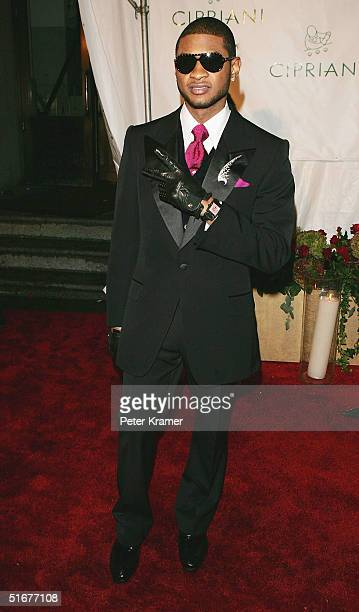 Singer Usher attends Sean 'P Diddy' Combs 35th Birthday Celebration on November 4 2004 in New York City