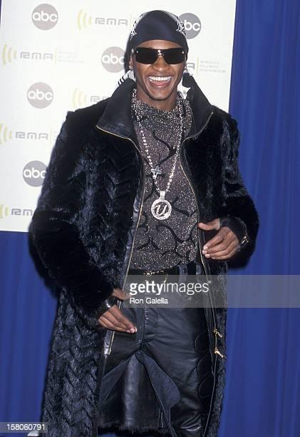 Singer Usher attends the Second Annual Radio Music Awards on November 4 2000 at the Aladdin Casino Resort in Las Vegas Nevada