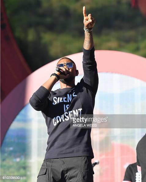 Singer Usher performs at the 2016 Global Citizen Festival in Central Park to end extreme poverty by 2030 at Central Park on September 24 2016 in New...