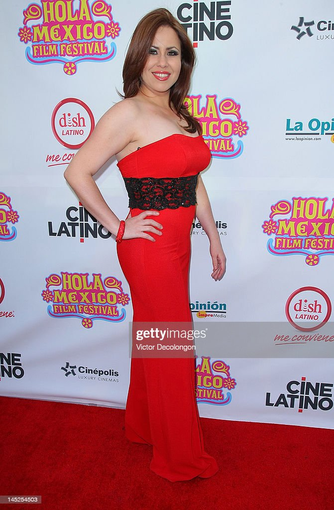 Singer Vicky Cabrera arrives for the 2012 Hola Mexico Film Festival Opening Night at The Ricardo Montalban Theatre on May 24, 2012 in Hollywood, California.