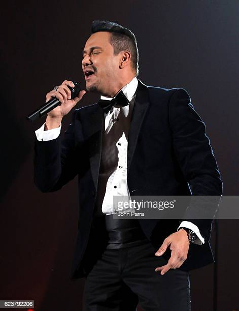 Singer Victor Manuelle performs onstage during the 2016 Person of the Year honoring Marc Anthony at MGM Grand Garden Arena on November 16 2016 in Las...