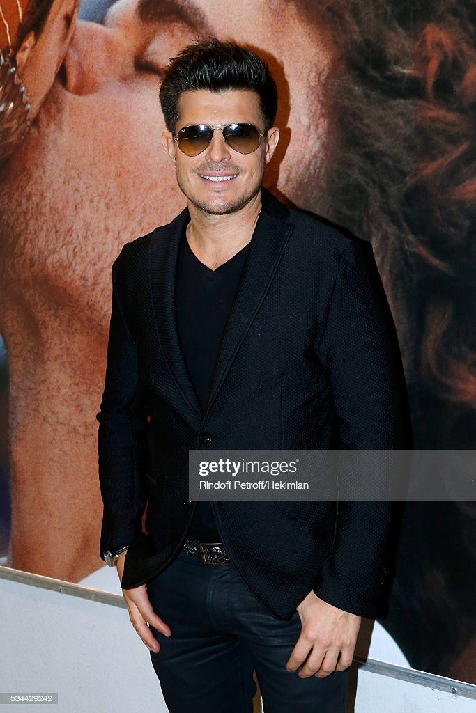 Singer Vincent Niclo attends the 2016 French Tennis Open - Day Five at Roland Garros