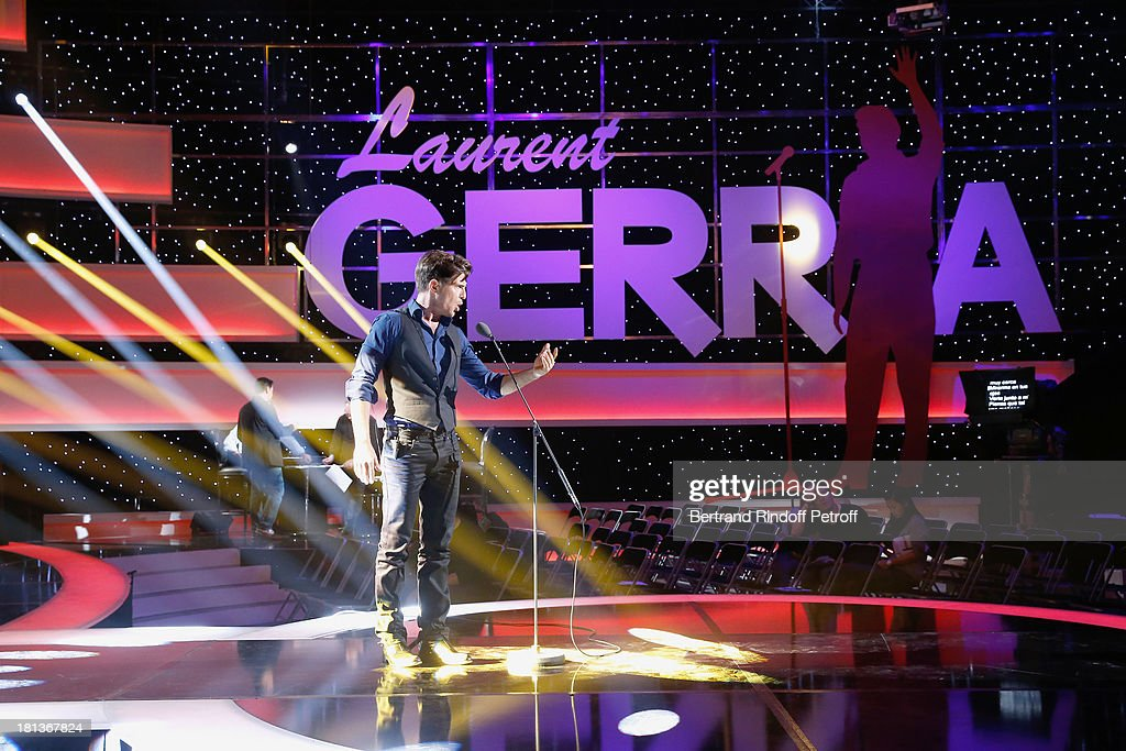 Singer Vincent Niclo performs at 'Le Grand Show' by Laurent Gerra : Rehearsal at La Plaine Saint Denis on September 20, 2013 in Paris, France.