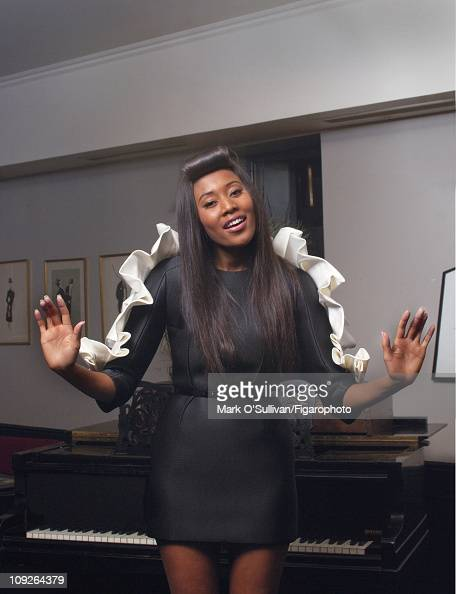 Singer VV Brown poses for Madame Figaro on June 18 2010 at the Chacha Club in Paris France Figaro ID 097786009 Dress by Paule Ka CREDIT MUST READ...