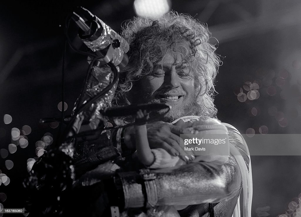 Singer <a gi-track='captionPersonalityLinkClicked' href=/galleries/search?phrase=Wayne+Coyne&family=editorial&specificpeople=204435 ng-click='$event.stopPropagation()'>Wayne Coyne</a> of the Flaming Lips performs at the 2013 SXSW Music, Film + Interactive Festival held at the Auditorium Shores on March 15, 2013 in Austin, Texas.