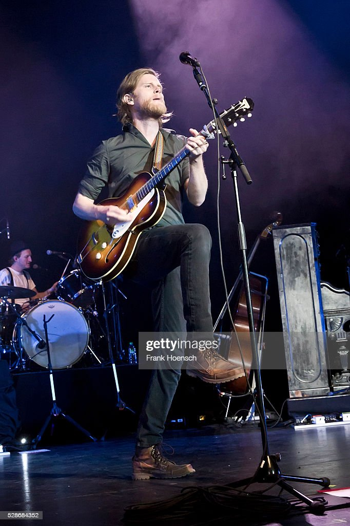 Singer Wesley Schultz of the American band The Lumineers performs live during a concert at the Admiralspalast on May 6, 2016 in Berlin, Germany.