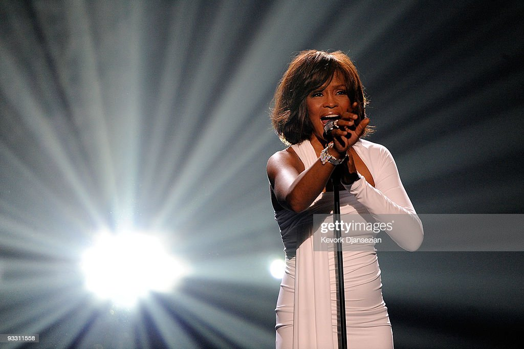 Singer <a gi-track='captionPersonalityLinkClicked' href=/galleries/search?phrase=Whitney+Houston&family=editorial&specificpeople=201541 ng-click='$event.stopPropagation()'>Whitney Houston</a> accepts the Winner of International - Favorite Artist Award onstage at the 2009 American Music Awards at Nokia Theatre L.A. Live on November 22, 2009 in Los Angeles, California.
