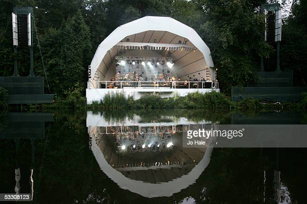 Kenwood house stock photos and pictures getty images for House music 2005