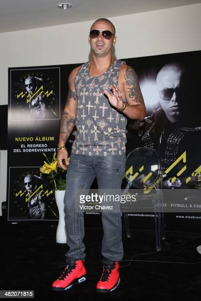 Pictures of wisin and his wife - youth movie photos