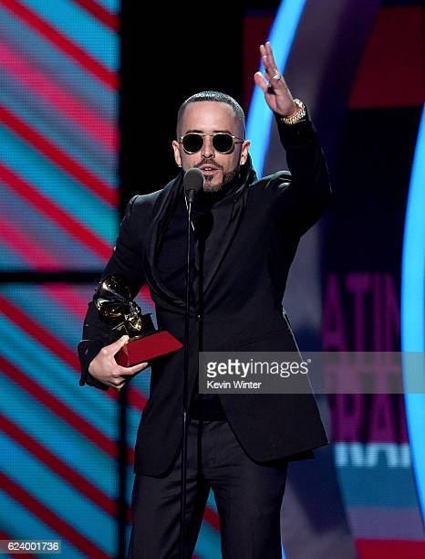 Singer Yandel accepts Best Urban Fusion/Performance for 'Encantadora' onstage during The 17th Annual Latin Grammy Awards at TMobile Arena on November...