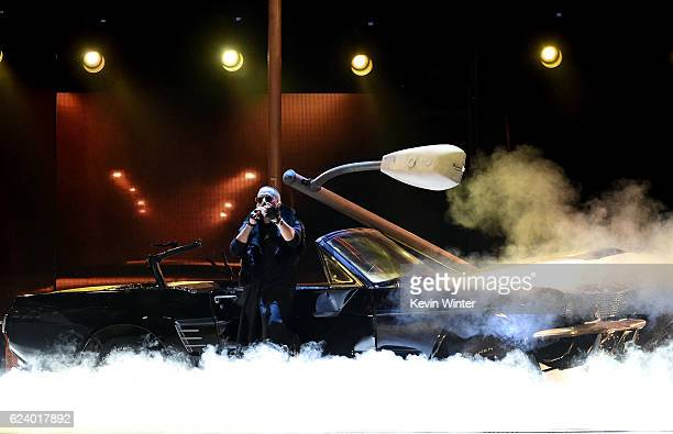 Singer Yandel performs onstage during The 17th Annual Latin Grammy Awards at TMobile Arena on November 17 2016 in Las Vegas Nevada