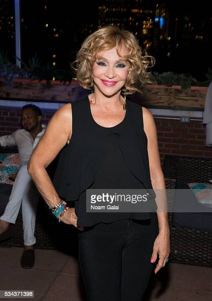 Yolandita Monge Stock Photos and Pictures | Getty Images | 418 x 594 jpeg 164kB