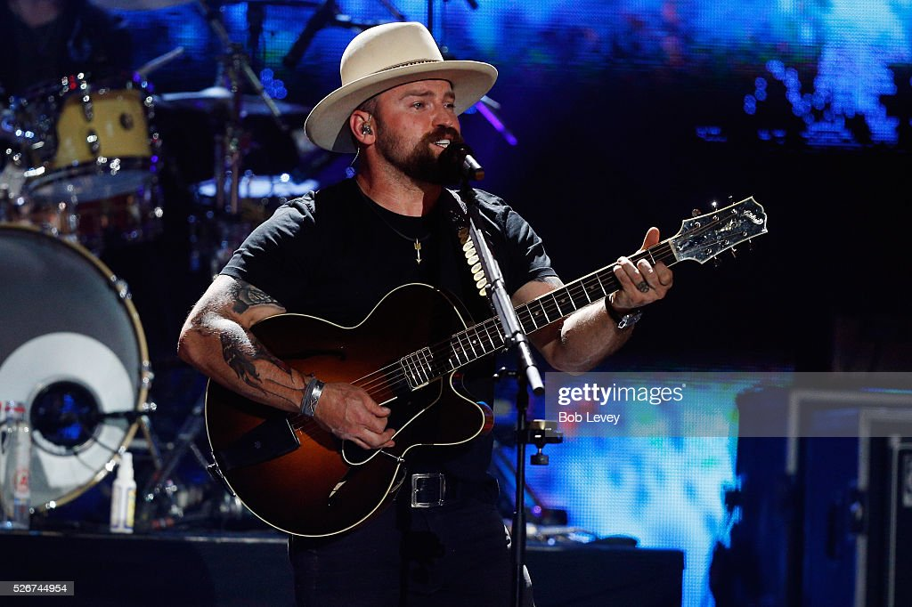 Singer Zac Brown performs onstage during the 2016 iHeartCountry Festival at The Frank Erwin Center on April 30, 2016 in Austin, Texas.