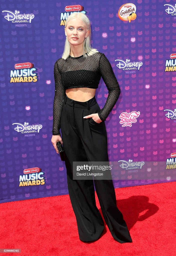 Singer <a gi-track='captionPersonalityLinkClicked' href=/galleries/search?phrase=Zara+Larsson&family=editorial&specificpeople=11398567 ng-click='$event.stopPropagation()'>Zara Larsson</a> attends the 2016 Radio Disney Music Awards at Microsoft Theater on April 30, 2016 in Los Angeles, California.