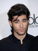 Singer Zayn Malik of One Direction winners of Artist of the Year Favorite Pop/Rock Band/Duo/Group and Favorite Pop/Rock Album poses in the press room...