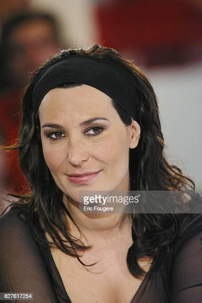 Singer Zazie on the set of host Michel Drucker's Sunday television show 'Vivement Dimanche'