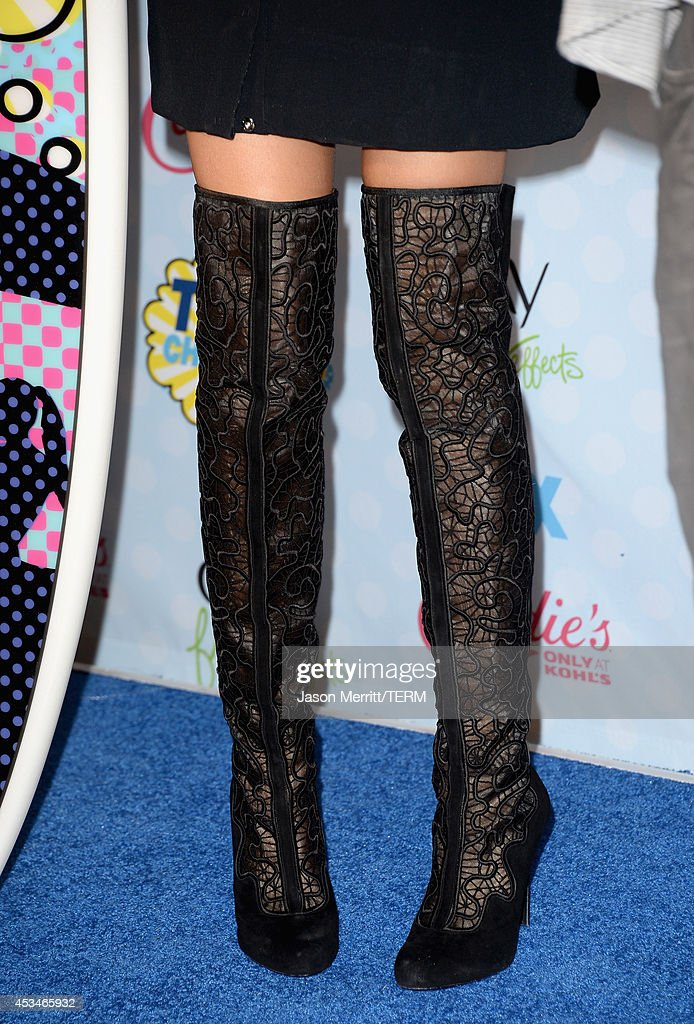 Singer Zendaya (fashion detail) poses with the Choice Candie's Style Icon award in the press room during FOX's 2014 Teen Choice Awards at The Shrine Auditorium on August 10, 2014 in Los Angeles, California.
